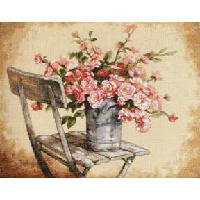 Набор для вышивания  Dimensions 35187 Roses on White Chair
