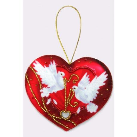 Набор для вышивания бисером Butterfly F014 Сердечко фото
