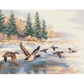 Набор для вышивки крестом Алиса 3-27 Утки летят фото