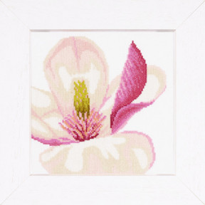 Набор для вышивания Lanarte L35110 Magnolia Flower фото