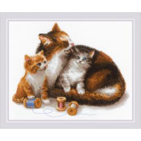Набор для вышивания крестом Риолис 1811 Кошка с котятами фото