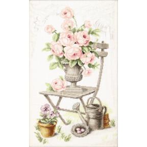 Набор для вышивки  крестом Чарівна Мить Летний натюрморт с розами М-355