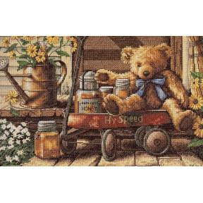 Набор для вышивания крестом Classic Design  Медовый мишка 4335