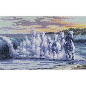 Набор для вышивания крестом Classic Design Бегущие по волнам 4356